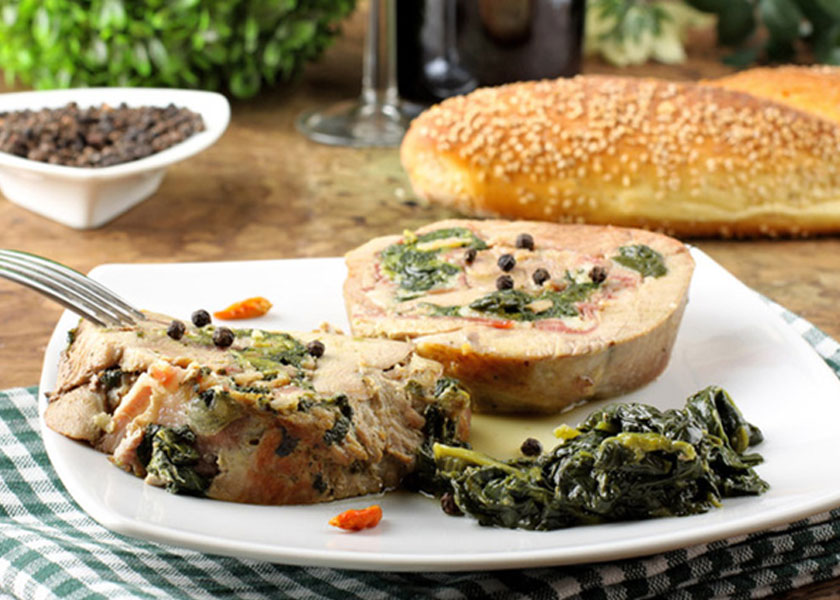 Veal in the oven with spinach and vegetables recipe